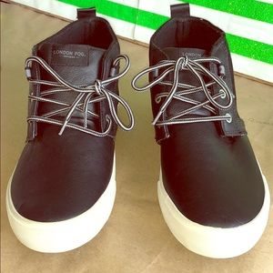 NWOT black leather shoes 👟